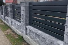 nowoczesne-ogrodzenie-z-bloczków-Joniec