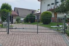 brama-dwuskrzydłowa-Wiśniowski-siłowniki-Phobos